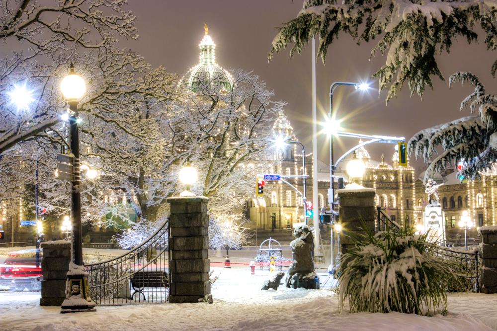 snowfall in victoria british columbia winter